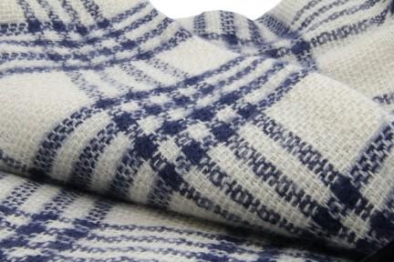 Echarpe et foulard à motif écossais femme et homme