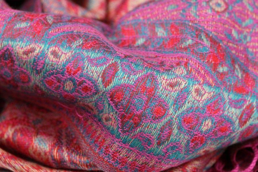 6bec9af7f2f8d foulard femme motif cachemire