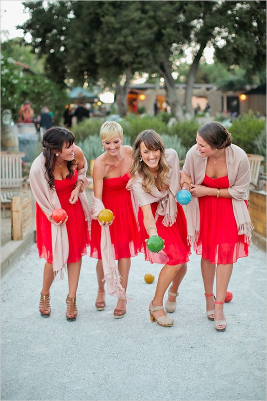 quelle etole avec robe rouge