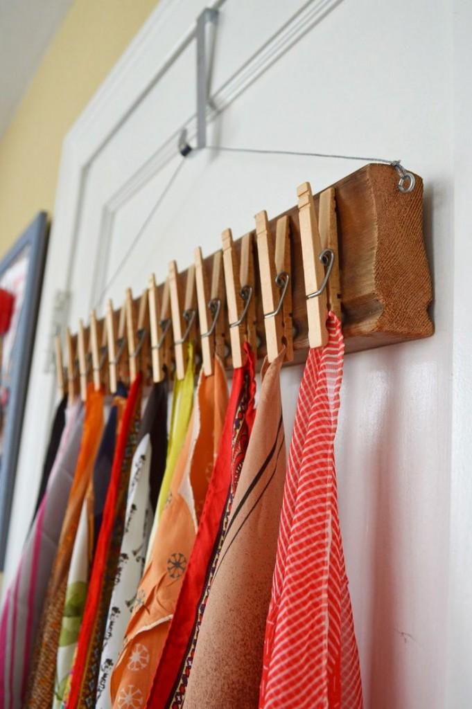comment ranger ses foulards charpes astuces syst me de rangement. Black Bedroom Furniture Sets. Home Design Ideas