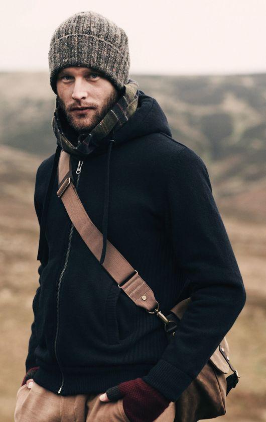 quelle echarpe avec manteau homme