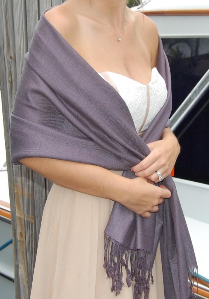 Comment mettre nouer et attacher une tole pour un mariage for Qu est ce qu une robe de trompette