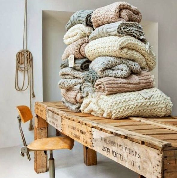 apprendre tricoter vite. Black Bedroom Furniture Sets. Home Design Ideas