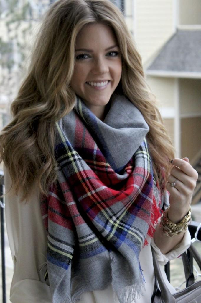 faire noeud foulard femme