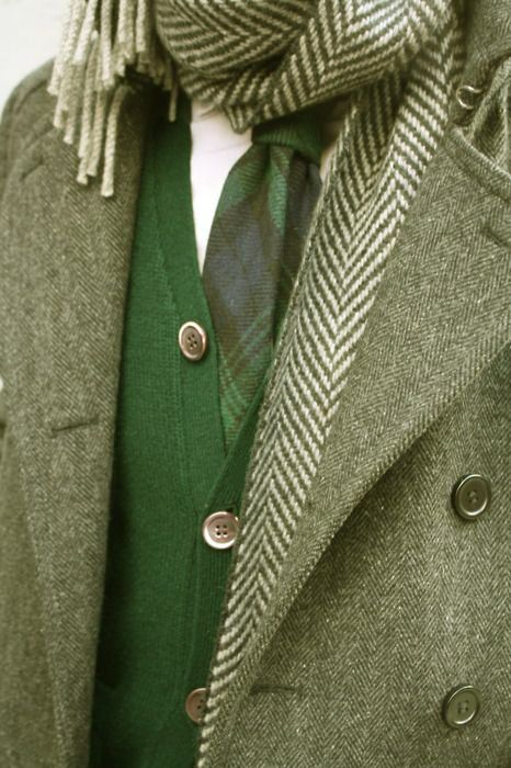 Assortir son écharpe avec son manteau kaki