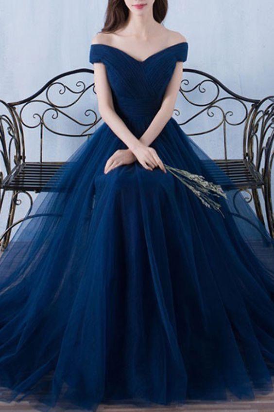 ee3217d9608 Quelle étole porter avec robe bleu marine
