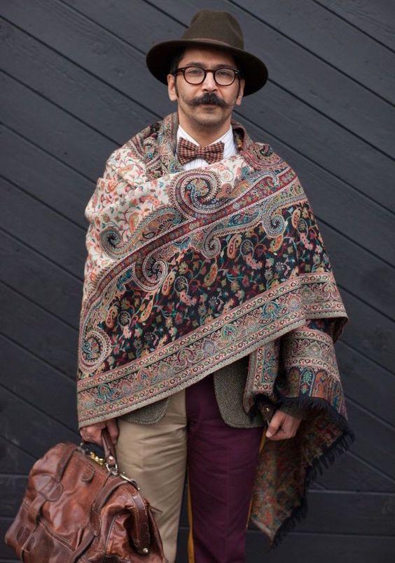 Comment porter un chale pour un homme
